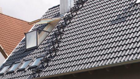 System komunikacji dachowej dla dachówek cementowej