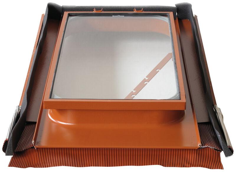 Металевий люк на даху 45 х 55 см із загартованим захисним склом
